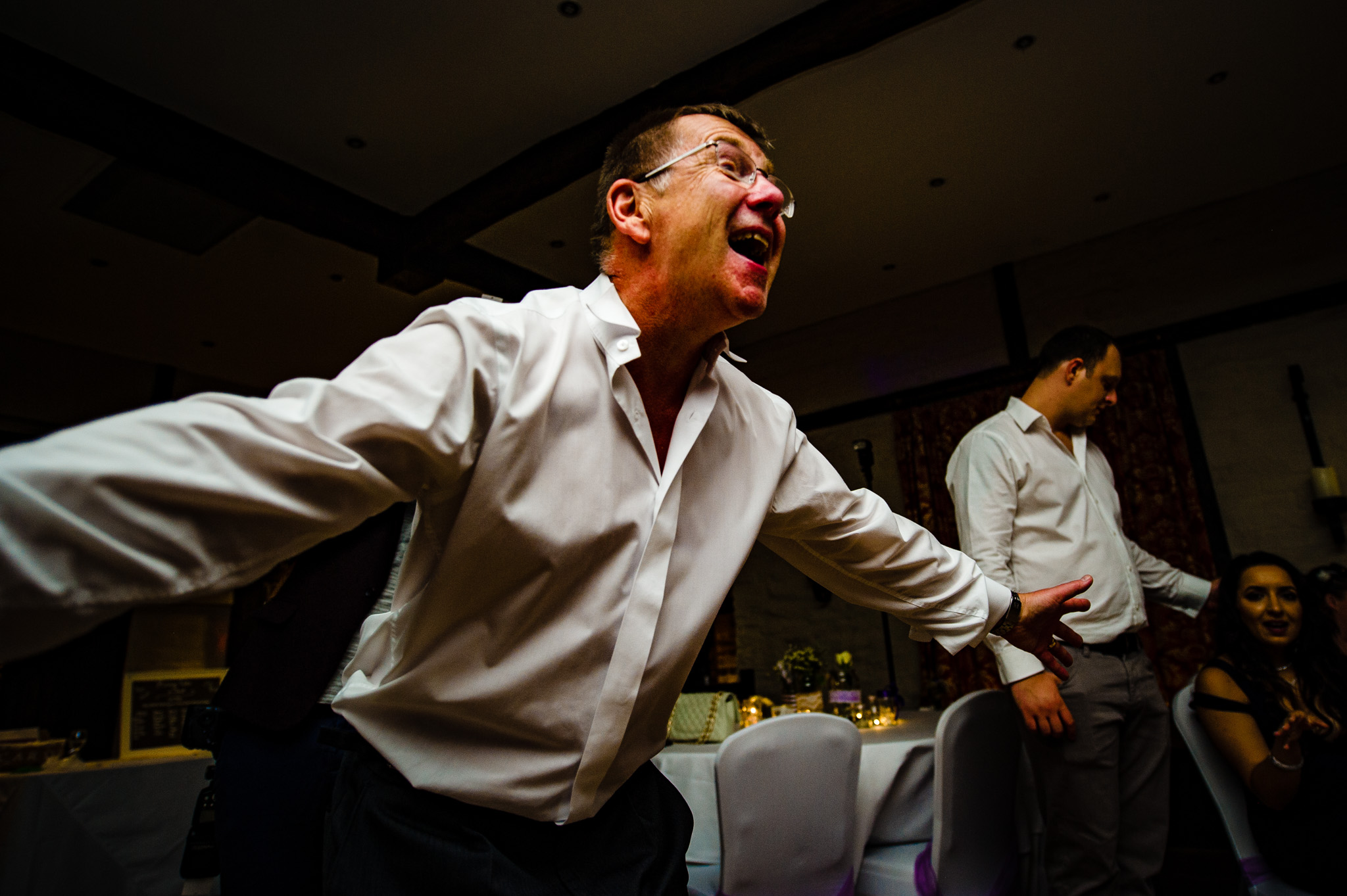 Father of the bride throws some moves